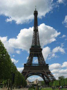 エッフェル塔(フランス,パリ,パリ7区,シャン・ド・マルス公園の北西)